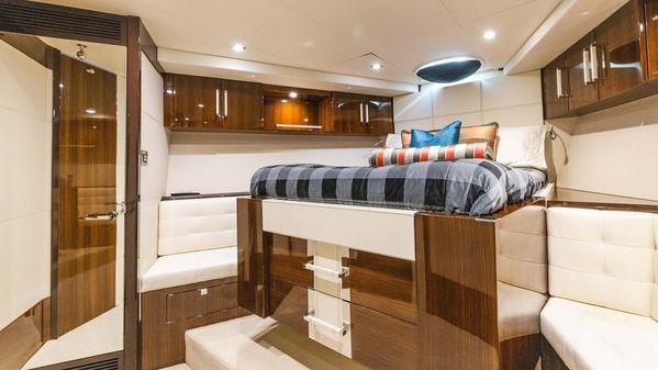 Lazzara Yachts LSX 92 image