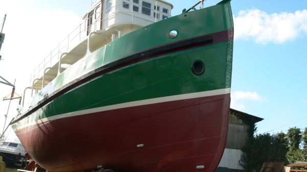 Tug on conversion rimorchiatore yacht Ch.Ziegler Frers (Dunkerque, Fr)