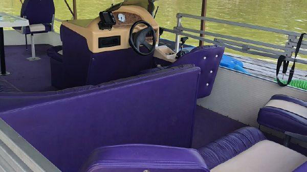 Voyager Pontoons 21 Express Fish & Cruise