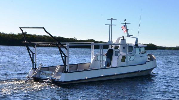 Custom-Craft Dive/ Survey Vessel