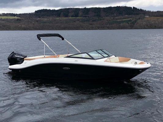 Sea Ray SPX 210 OB - main image