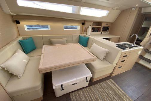 Jeanneau Yachts 51 image