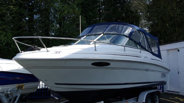 Sea Ray 215 Express Cruiser Sea Ray 215 Express Cruiser