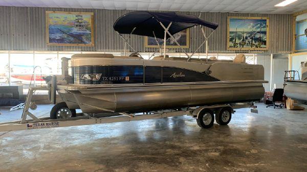 Avalon Catalina Rear Fish - 25'