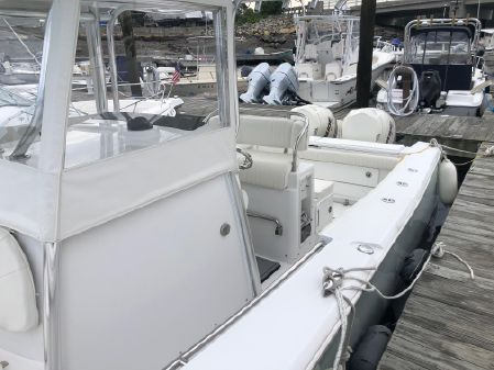 Southport 26 Center Console image