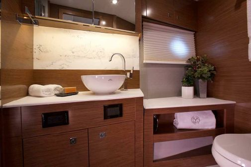 Cruisers Yachts 46 Cantius image