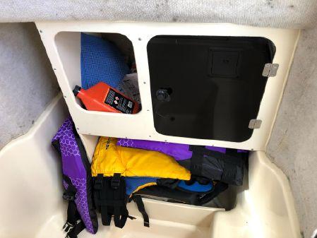 Grady-White 263 Center Console image