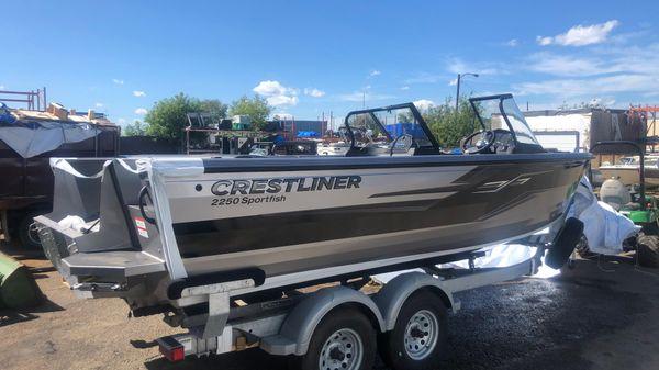 Crestliner 2250 Sportfish