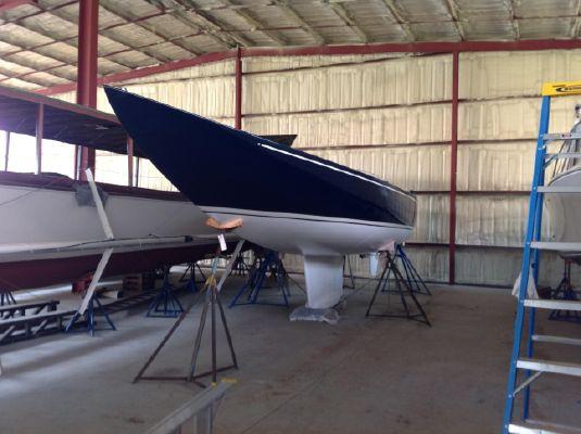 Leonardo Yachts Eagle 36 - main image