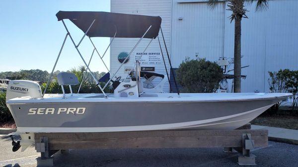 Sea Pro 172 Bay