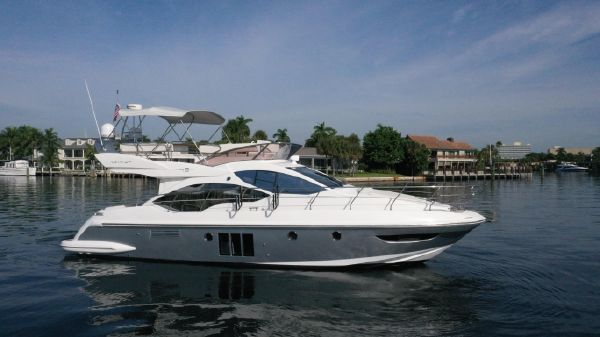 Azimut Motor Yacht Flybridge