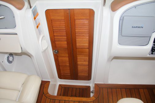Chris-Craft Corsair 28 image