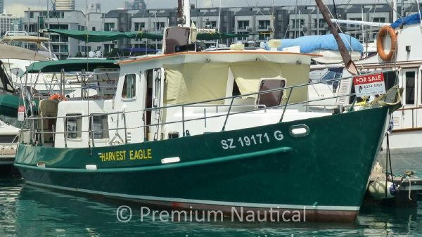Seahorse Marine Coot 35 Starboard Bow