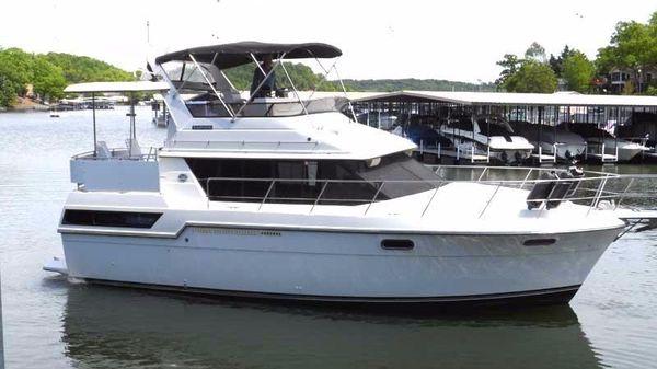 Carver 380 Motoryacht