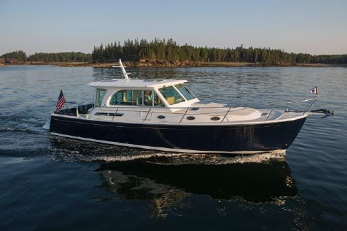Back Cove 41' Express image