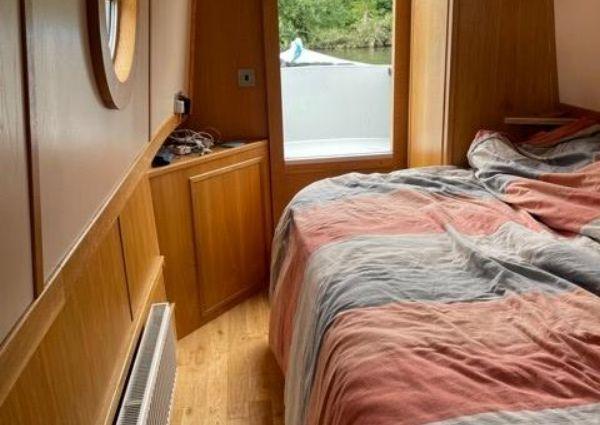 Narrowboat JD Narrowboats 50' Semi Trad image