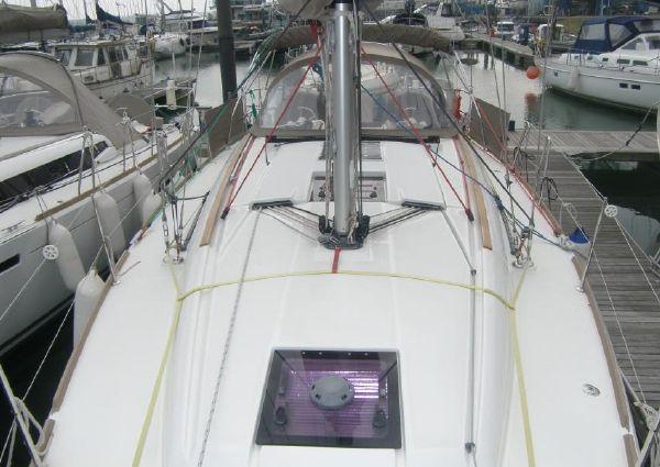 Jeanneau Sun Odyssey 379 image