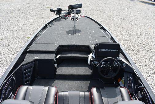 Skeeter ZXR 21 image