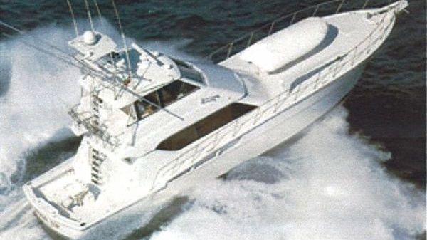 Hatteras Enclosed Bridge Convertible 1999 Photo 1