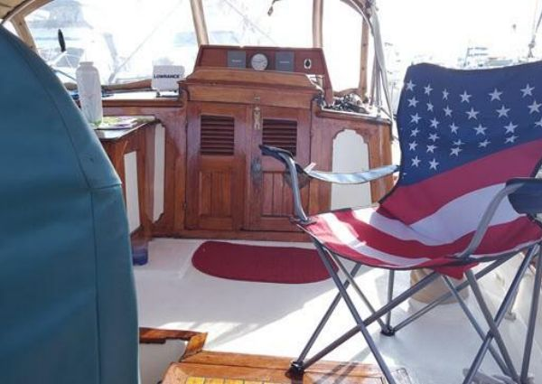 Marine Trading Island Trader 41 image