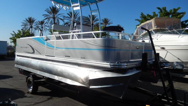 Qwest Angler 820 Pro Fish TT2