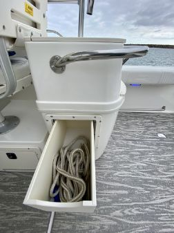 Boston Whaler 29 CONQUEST image