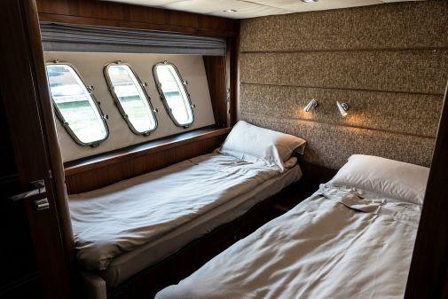 Sunseeker 90 Motor Yacht image