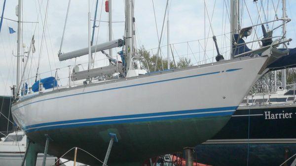 Swan 411 Ashore