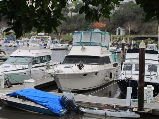 Silverton Aft Cabin Motor Yacht - main image