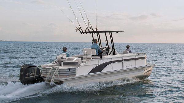 Bennington SX 22 Fishing