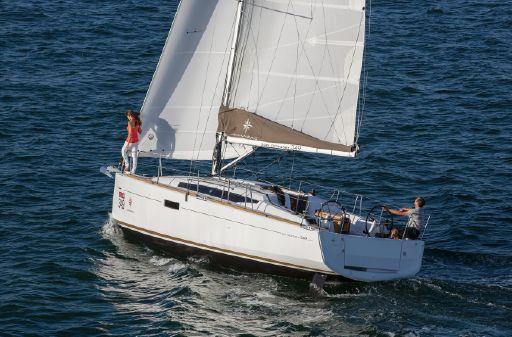 Jeanneau Sun Odyssey 349 image