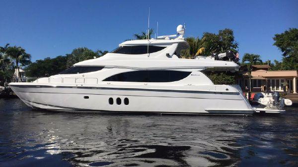 Hatteras 80 Motor Yacht Sky Lounge