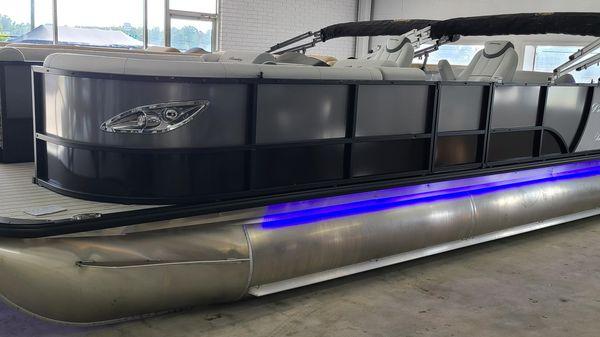 Bentley Pontoons 253 Elite Swingback DC