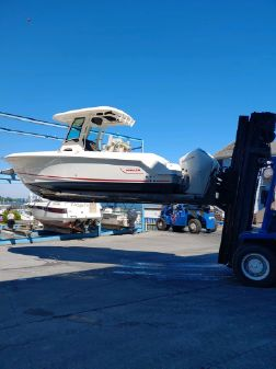 Boston Whaler 250 Outrage image