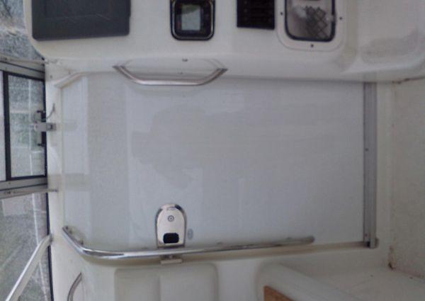 Century 3200 Offshore image