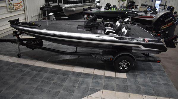 Skeeter ZX 150