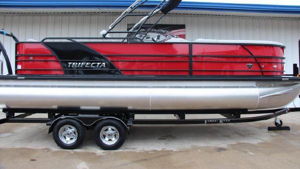 Trifecta 23C Tri-Toon