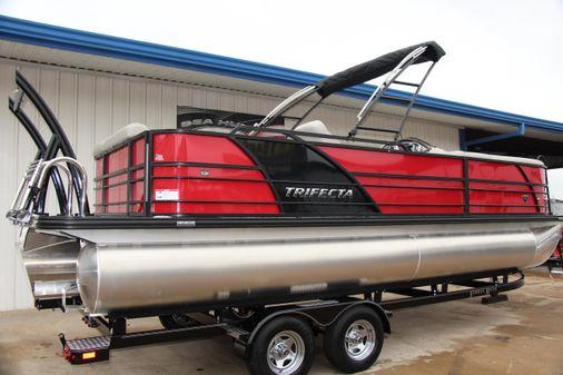 Trifecta 23C Tri-Toon image