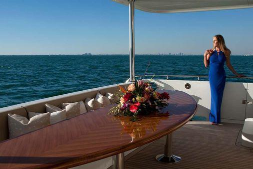 Ocean Alexander 90 Flybridge Motoryacht image
