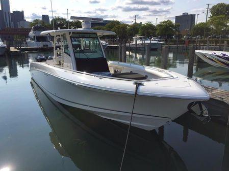 Boston Whaler 350 Outrage image