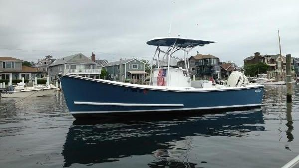 Eastern 22 Center Console