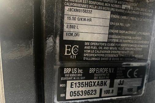 Evinrude 135HO E135HFXABK image