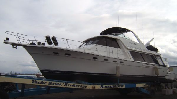 Bayliner 4788 Pilot House