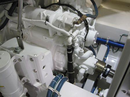 Hatteras GT63 image