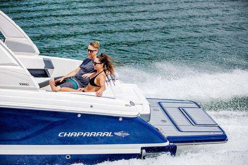 Chaparral 30 Surf image