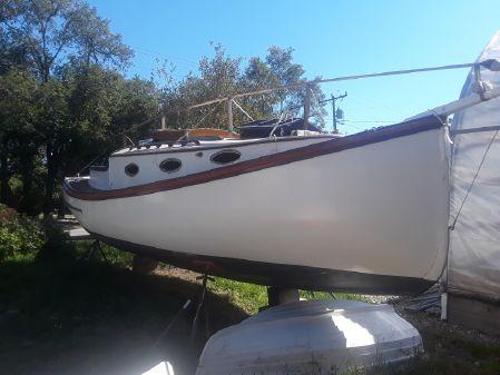 Fenwick Williams Catboat image