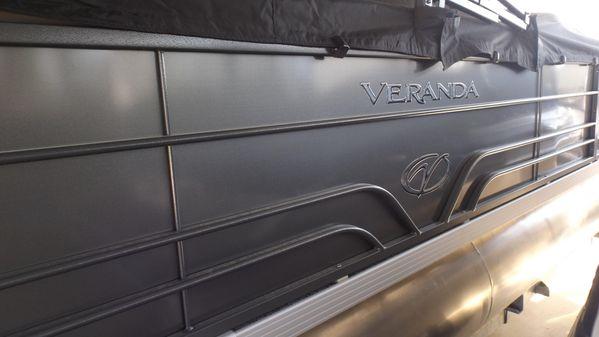 Veranda VR22RC image