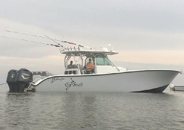 Yellowfin 42 CC image