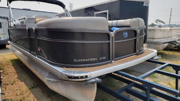 Premier 230 Sunsation