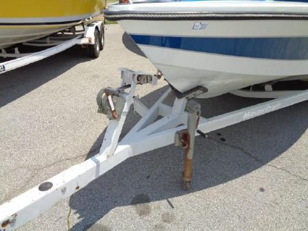 Correct Craft Ski Nautique 2001 image
